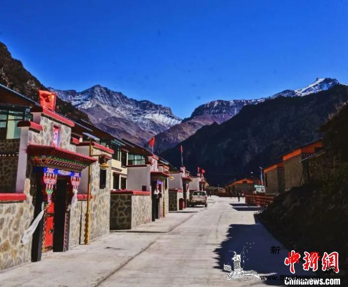 """西藏中不边境小镇迎来""""蝶变""""_错那县-图为-边境-"""