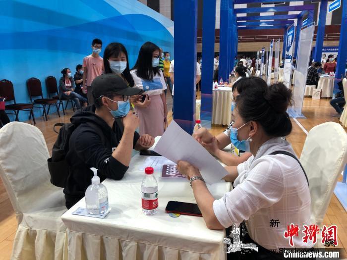 重庆四川两省市残联签署协议共推残疾人_残联-重庆-残疾人-