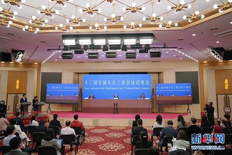"""特殊两会中国如何""""与世界说""""?_疫情-记者会-防控-"""