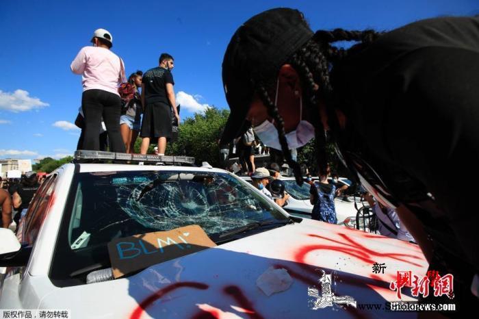 美种族示威蔓延涉案警察被控谋杀起诉过_华盛顿-示威-底特律-