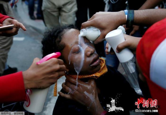 美国示威引发的骚乱已致至少11人死亡_华盛顿-骚乱-美国-