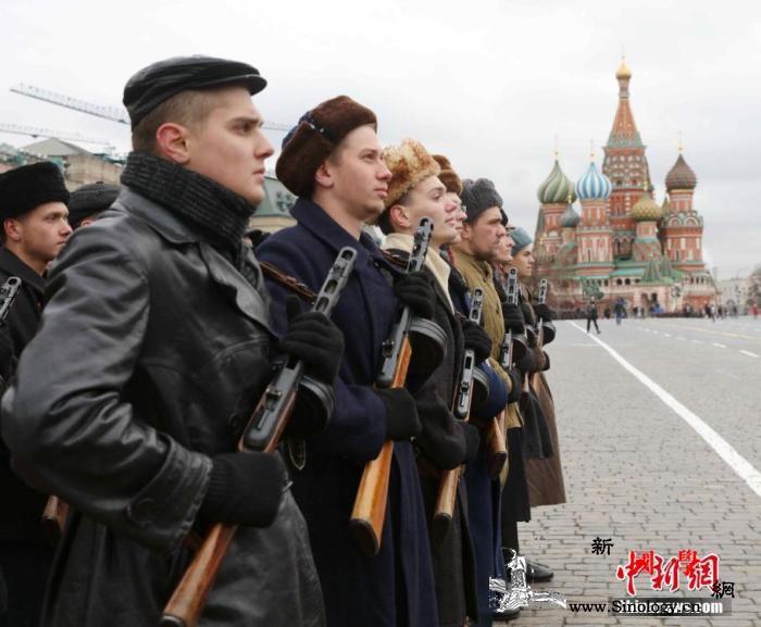 俄胜利日阅兵:空天军将组建16个空中_洛夫-莫斯科-苏联-