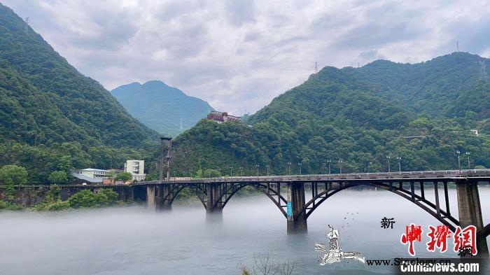 浙江新安江水库将于7日泄洪影响沿江3_建德市-水电厂-泄洪- ()