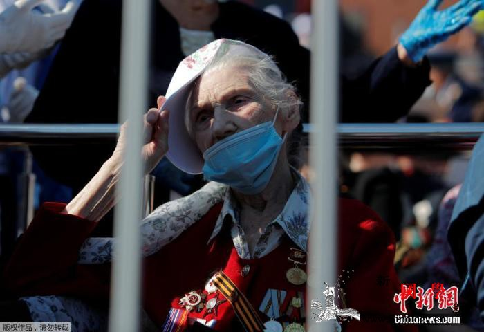 俄罗斯单日新增6562例新冠感染病例_红场-俄罗斯-卫国战争-