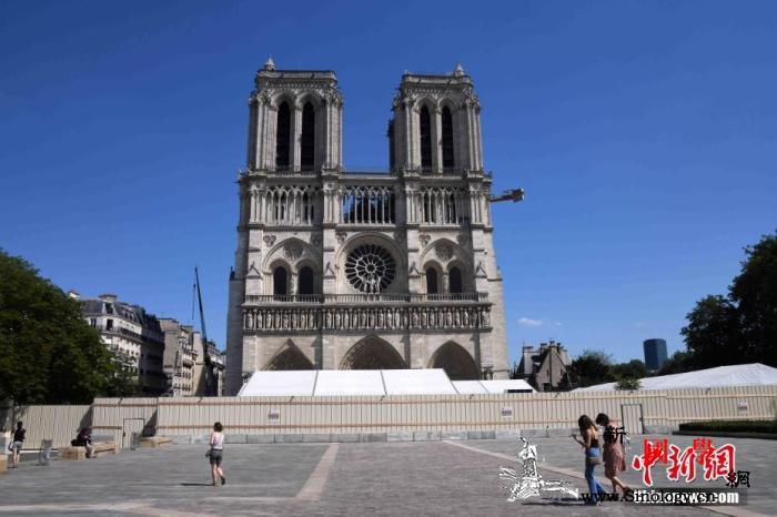 法国新任文化部长:巴黎圣母院塔尖按原_塔尖-巴黎-法国- ()