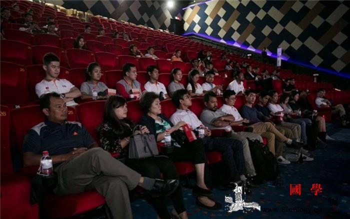 柬埔寨电影人呼吁重新开放电影院_柬埔寨-疫情-电影院-卫生部-