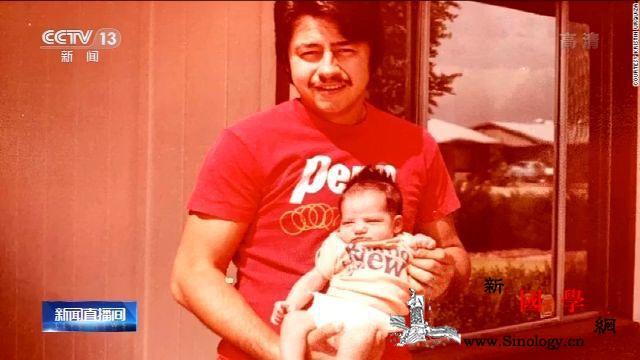 美国亚利桑那州一父亲死于新冠肺炎女儿_亚利桑那州-乌尔-美国-