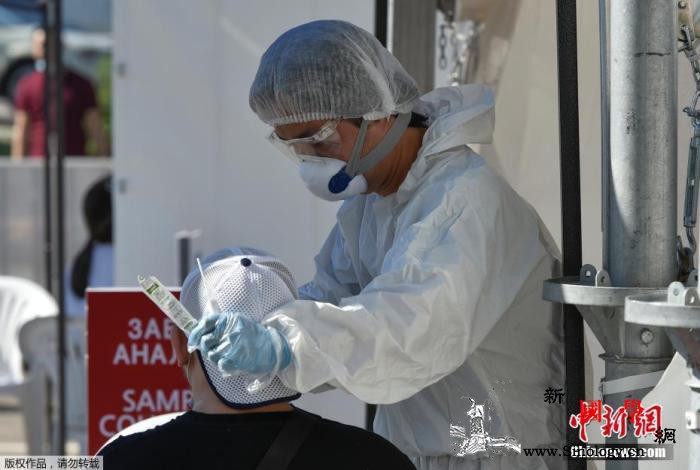 哈萨克斯坦官民积极行动支援医护人员抗_哈萨克斯坦-医务人员-疫情-