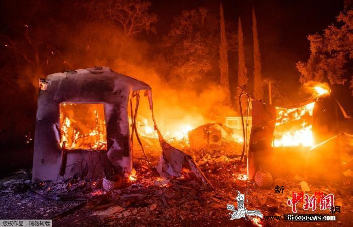 美加州山火致至少7人死亡旧金山三面被_加利福尼亚州-加州-山火-