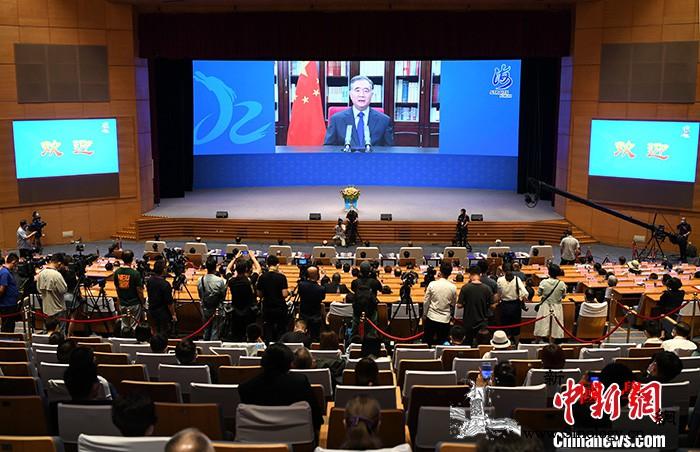 短评:两岸交流有义和利大陆展现了善与_厦门-台湾-致辞-