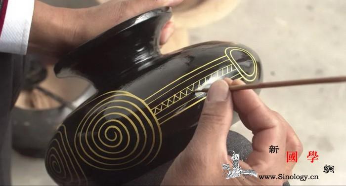 创意与生活:凉山州喜德县的彝族漆器_彝族-纹饰-漆器-脱贫-
