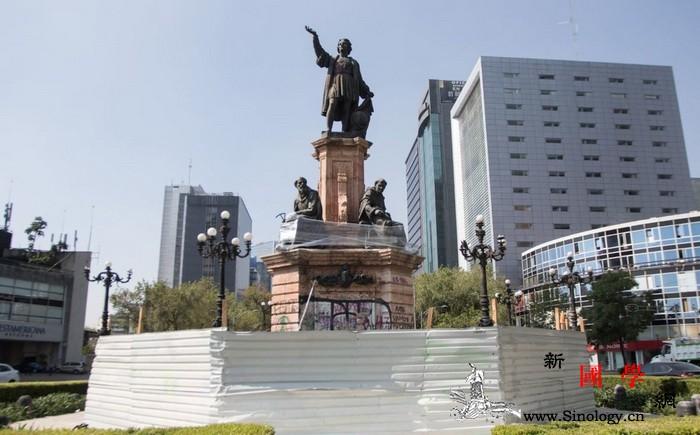墨西哥城市政府移走地标处哥伦布雕像_哥伦布-墨西哥-美洲-墨西哥城-