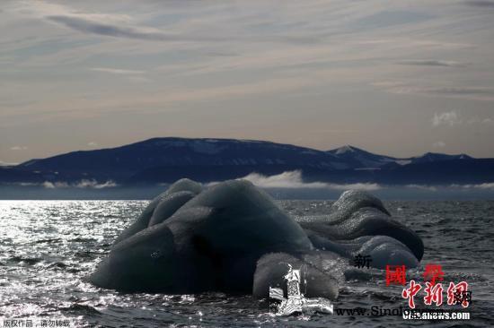 一冰山逼近英属南乔治亚岛恐威胁岛上野_南极-英国-塔林-