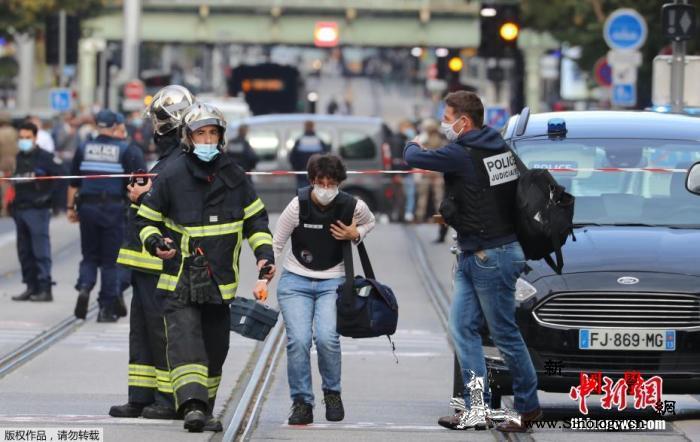 法国官方悼念尼斯袭击案遇难者总理卡斯_尼斯-遇难者-法国-