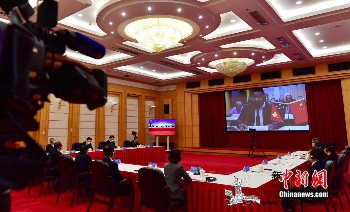 中国福建省与巴新东高地省线上庆祝结好_巴布亚新几内亚-福建省-旱稻-