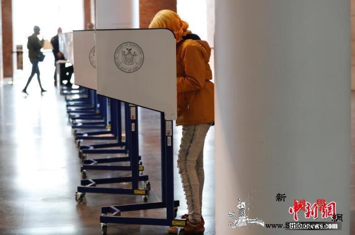 美国佐治亚州宣布审计大选选票将手工重_阿拉斯加州-佐治亚州-选民-
