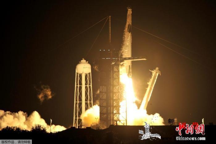 美国执行首次商业载人飞行任务飞船成功_佛罗里达州-肯尼迪-宇航员-