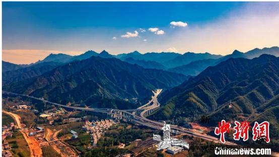 河南一日三条高速开通高速通车里程突破_黄河-河南省-河南-