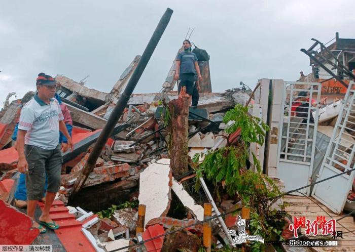 印尼地震后余震不断已致35人死亡60_印尼-减灾-倒塌-