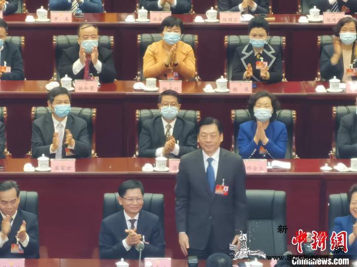 孙大伟当选广西壮族自治区政协主席_广西壮族自治区-补选-起立-