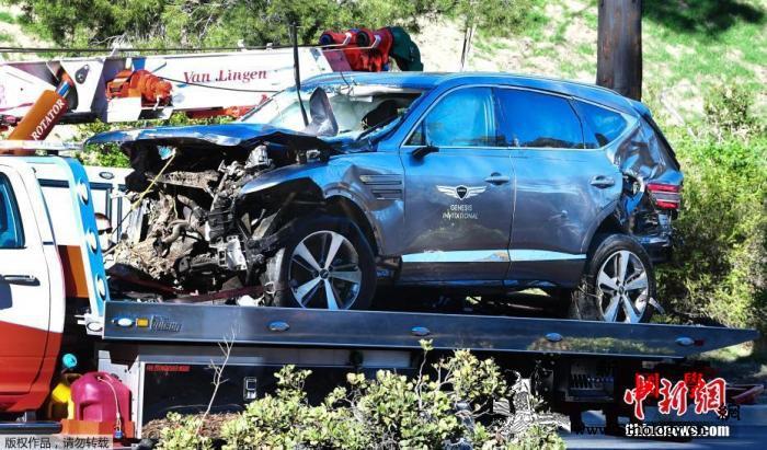 """""""老虎""""伍兹遭遇车祸后首发声称他们助_洛杉矶-美国-车祸-"""