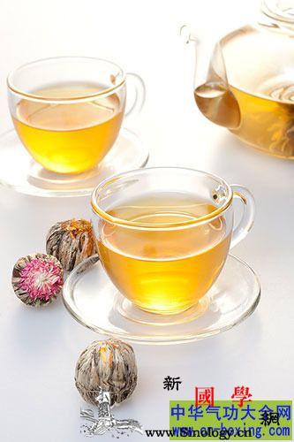 秋冬喝药茶养生教你如何选药茶_木槿-药草-饮用-功效-