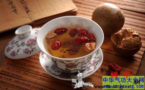如何选择润喉茶_选择润喉茶的方法_胖大海-罗汉果-麦冬-润喉- ()