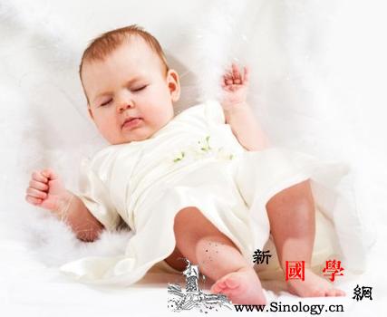 介绍一下新生儿黄疸的早期症状_胆道-败血症-早产儿-闭锁-
