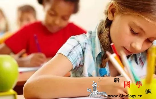 怎么解决孩子写作业太慢的问题_写作业-家长-父母-孩子- ()