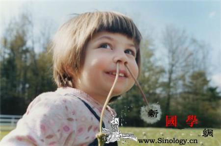 宝宝抠鼻子的坏处有哪些家长要引起重视_鼻腔-炎症-鼻孔-鼻子-