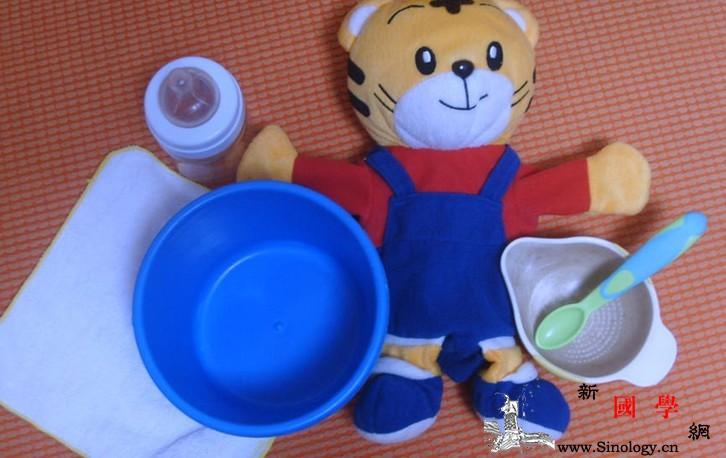 18个月宝宝的早教游戏有哪些?_喝水-物品-宝宝-游戏- ()