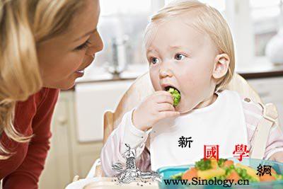 8个月宝宝吃什么好_母乳-主食-断奶-个月- ()