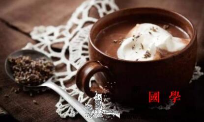 可可粉配什么好喝快来品尝这超级营养美味的可_果仁-搅拌-牛奶-糊状- ()