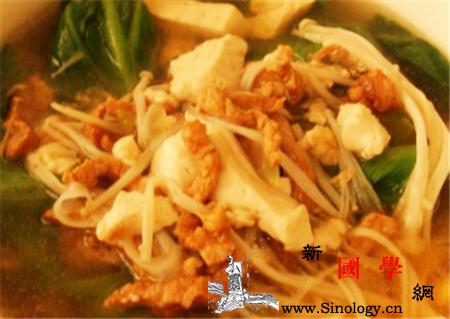 金针菇肉汤怎么做好吃_肉汤-葱花-怎么做-倒入-