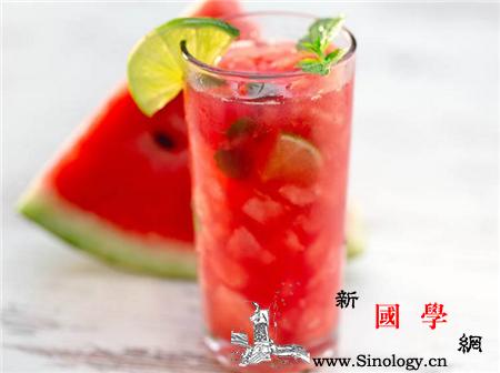 桃子和西瓜一起吃会中毒吗夏季吃西瓜的注意事_桃子-西瓜-食用-夏季- ()