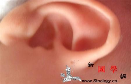 耳前瘘管要做手术吗耳朵旁的小洞不是福而是祸_瘘管-耳廓-分泌物-耳朵-