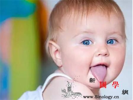 宝宝吐舌头怎么回事_怎么回事-舌头-吐舌头-探索-