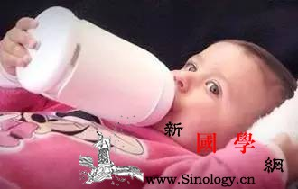 睡前吃奶的宝宝爱生病真是这样吗?_婴幼儿-睡前-吃奶-胃肠道-