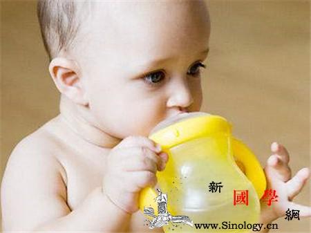 鸭嘴杯适合多大宝宝使用你用对了吗_水杯-杯子-宝宝-孩子-