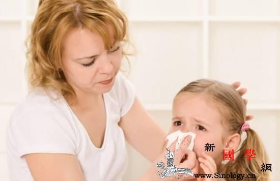 宝宝流鼻涕是什么原因引起的_黄黄-肿胀-鼻涕-症状-