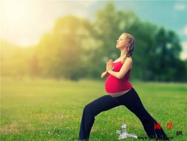 为啥有些人顺产那么快?孕期运动这样做!_腹部-收缩-游泳-运动-