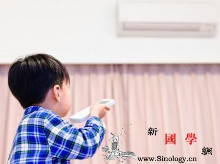 宝宝多大能吹空调婴儿几个月可以吹空调_凉席-穿上-温度-空调-