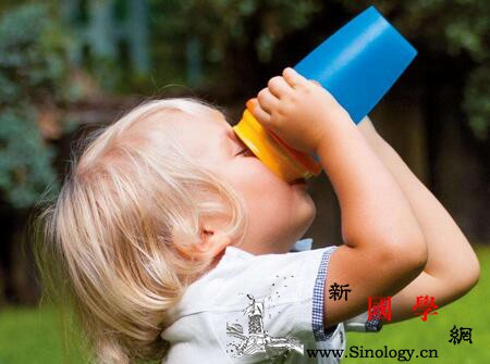 宝宝夏天补钙好吗夏天可以给孩子补钙吗_钙质-碳酸-个月-补钙-