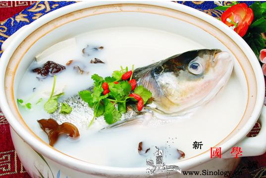 给宝宝吃鱼的哪个部位孩子吃鱼部位不同功效也_鱼鳞-鱼头-功效-部位-