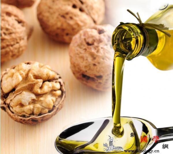 宝宝吃什油最好给孩子吃油要选对这几种最健康_山茶-脂肪酸-生长发育-凉拌- ()