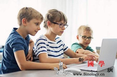 爱阅读的孩子将来肯定不会差!_孩子-故事-图书-感兴趣- ()